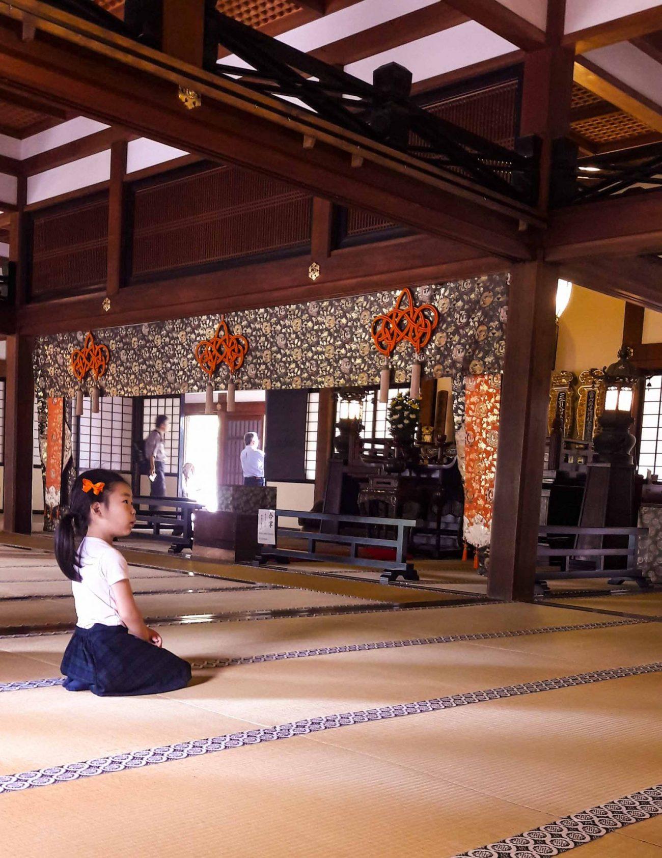 Kamakura bambina tempio buddista